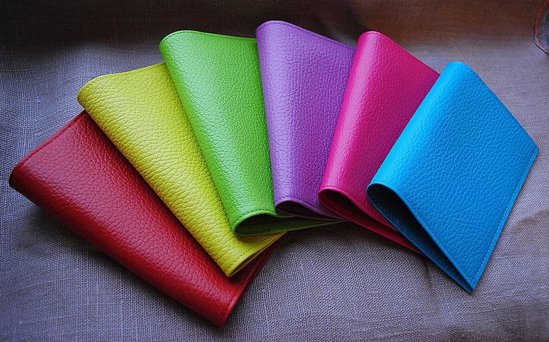 цветные кошельки